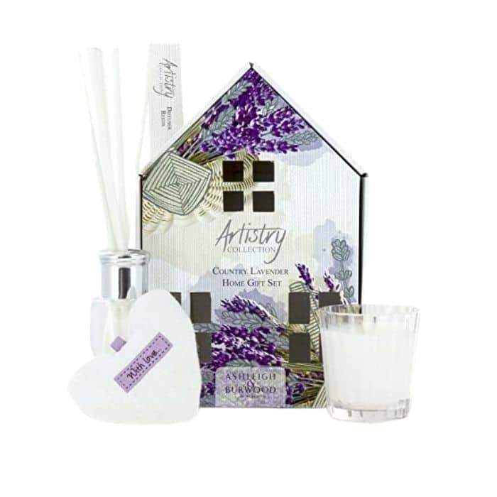 Ashley_&_Burwood__Artistry_House_Set_-_Country_Lavender[1]